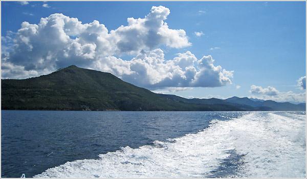 Vista desde atrás del ferry a Mljet