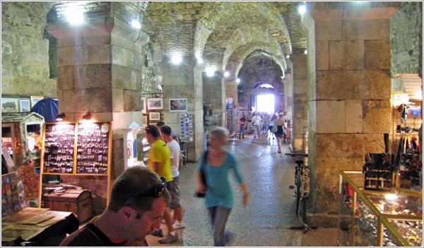 Subsuelo del Palacio de Diocleciano, Split, Croacia
